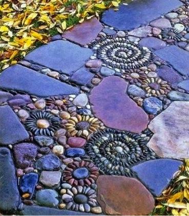 Pebble mosaic do it yourself fun ideas pebble mosaic solutioingenieria Choice Image