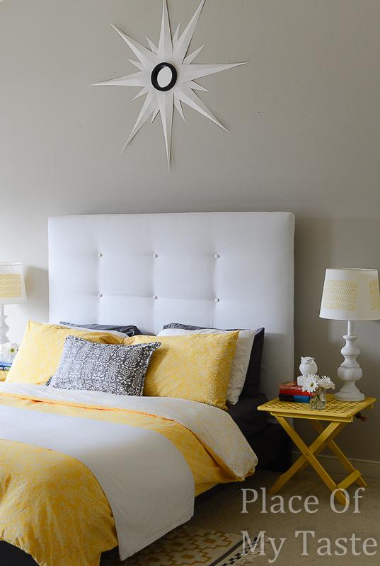 Diy upholstered headboard do it yourself fun ideas for Do it yourself headboards with fabric