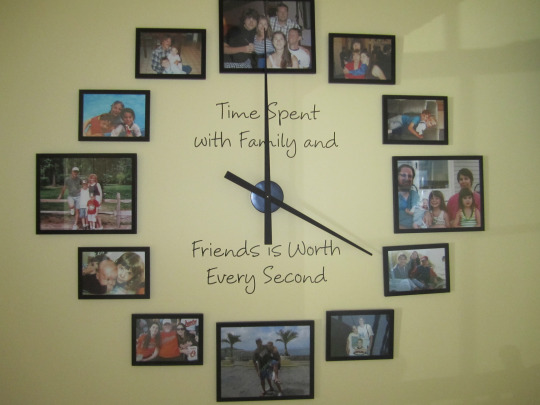 Diy Giant Family Photo Wall Clock Do It Yourself Fun Ideas