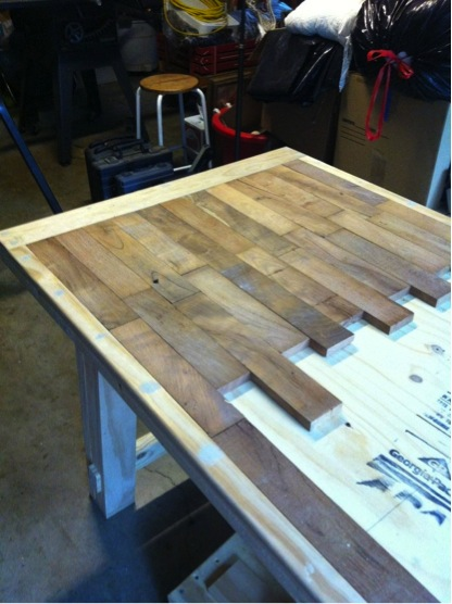 How to make a wood plank kitchen table do it yourself fun ideas rustic diy wood plank table solutioingenieria Choice Image
