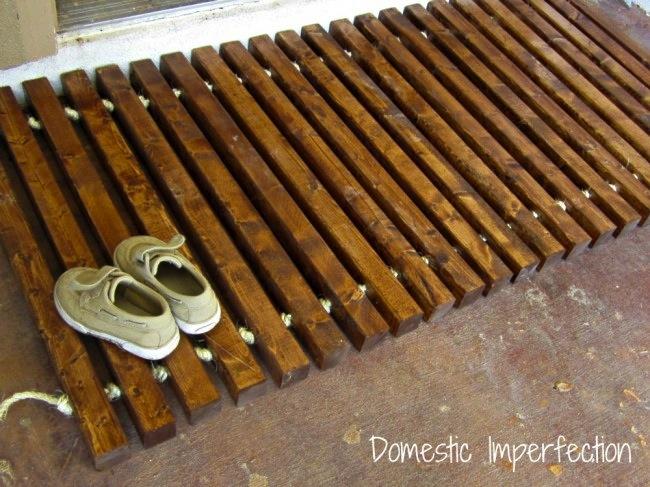Diy wooden door mat tutorial do it yourself fun ideas for Diy wood door projects