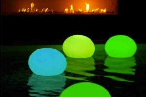 diy glow stick pool lamp