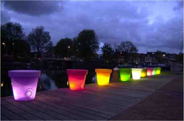 How to make your planters glow in the dark do it - Leds exterior para jardin ...