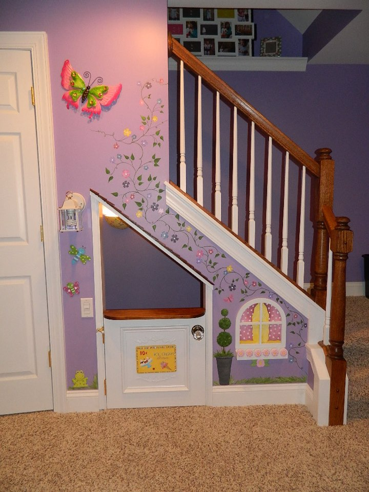 11 Incredible Kids Playhouses Under The Stairs - Do-It ...