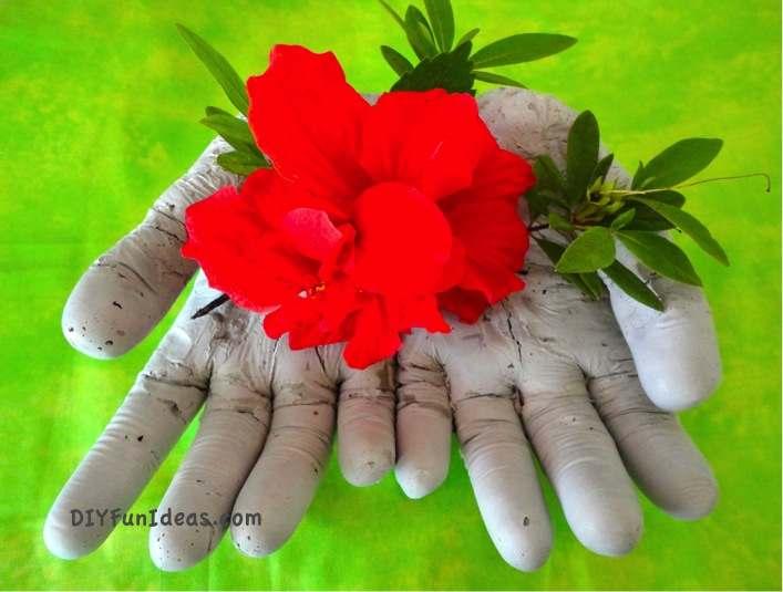 Diy concrete hand planters bowls do it yourself fun ideas diy concrete hand planter 03 solutioingenieria Images