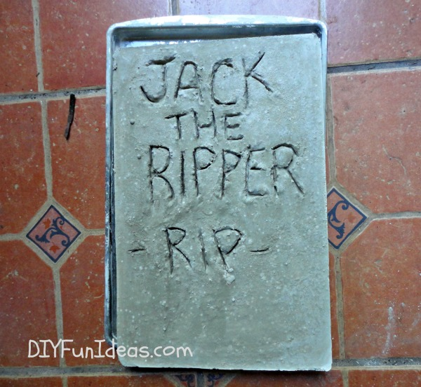 Halloween craft DIY Concrete Tombstone
