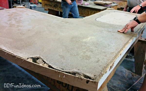 HOW TO MAKE CONCRETE COUNTERTOPS   PART 4   GROUTING U0026 SEALING
