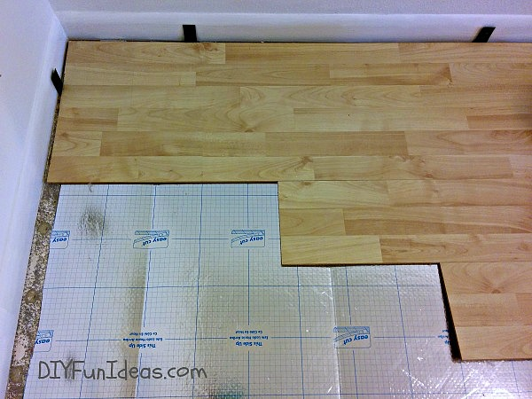 HOW TO INSTALL LAMINATE FLOORS