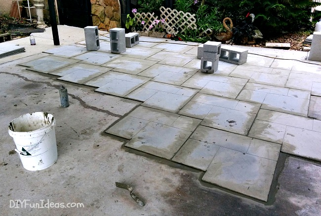 DIY STAMPED CONCRETE TILE TUTORIAL - Do-It-Yourself Fun Ideas