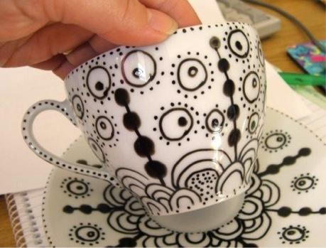 porcelain pen tea cup