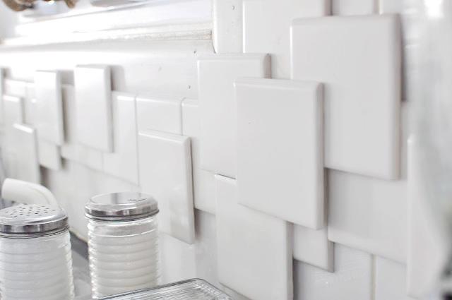 DIY 3D tile backsplash