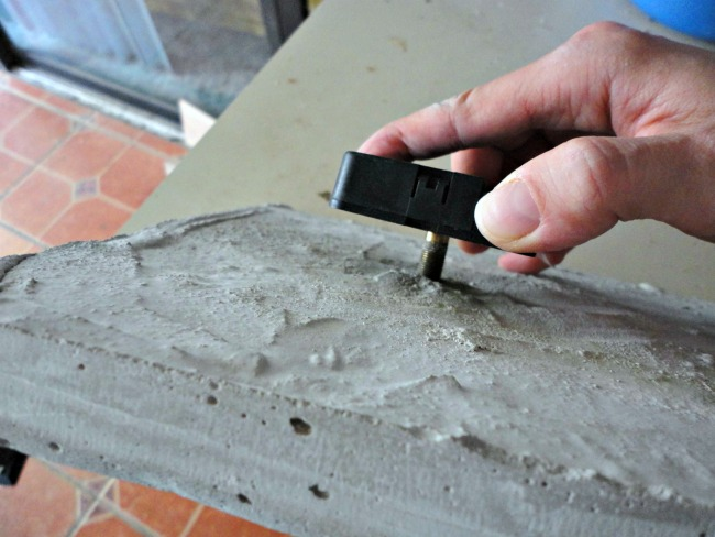 DIY CONCRETE CLOCK