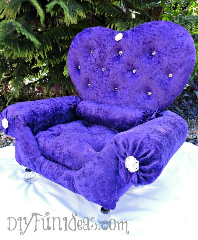Easy DIY No Sew Pillows