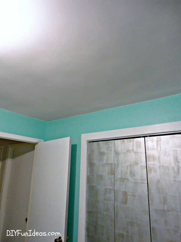 How to fix a hole in ceiling dry wall