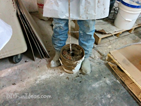 DIY CONCRETE COUNTERTOPS - mixing and pouring