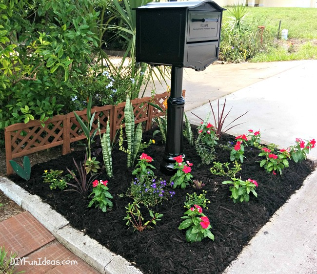 HOW TO EASILY ADD CURB APPEAL TO YOUR HOME