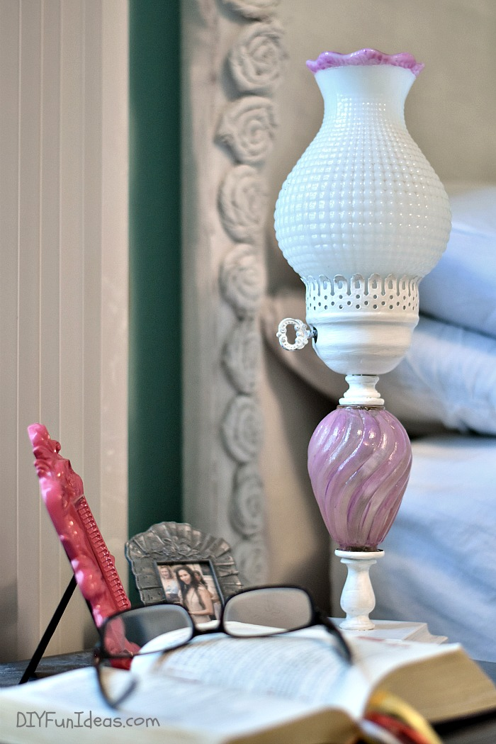 SUPER CUTE DIY SHABBY CHIC LAMP MAKEOVER